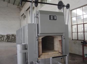 箱(xiang)式爐